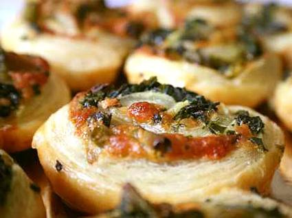 rollos de espinacas y queso