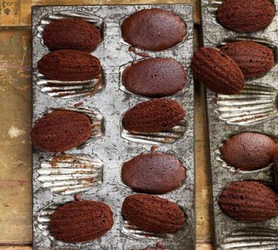 choc madeleines